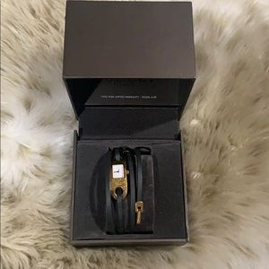 Gucci Accessories - Gucci Leather Watch